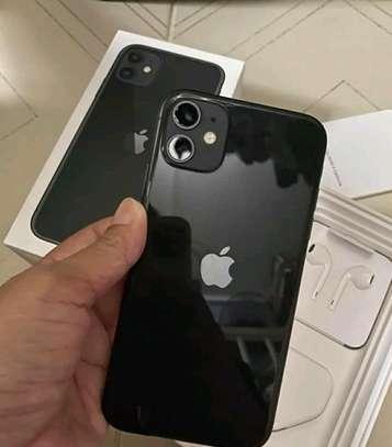 ?Apple Iphone 11 Black 256 Gigabytes