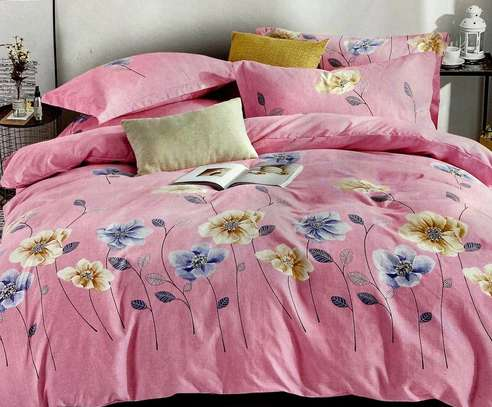 duvets 5 by 6  plain pink  with blue flowers color image 1