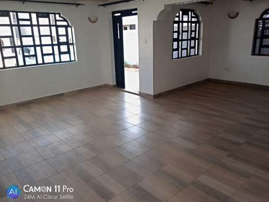 4 BEDROOMS, TOWNHOUSE THINDIGUA TO LET: 90K image 3
