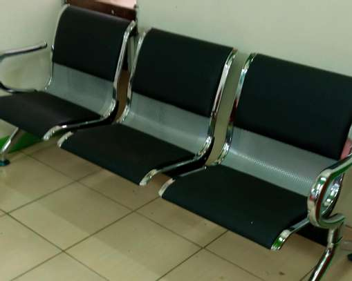 Healthcare waiting bench image 1