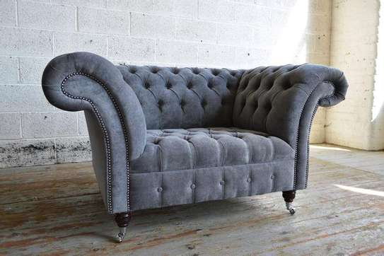 Victorian chesterfield sofas/single chesterfield sofa/grey sofas image 1