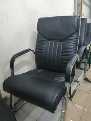 Executive office chair image 12