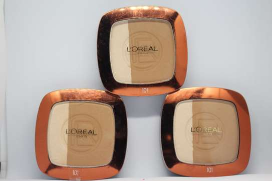 Loreal Glam Bronze Duo Powder 101 image 3