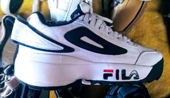 Fila disruptor ll shoes image 2