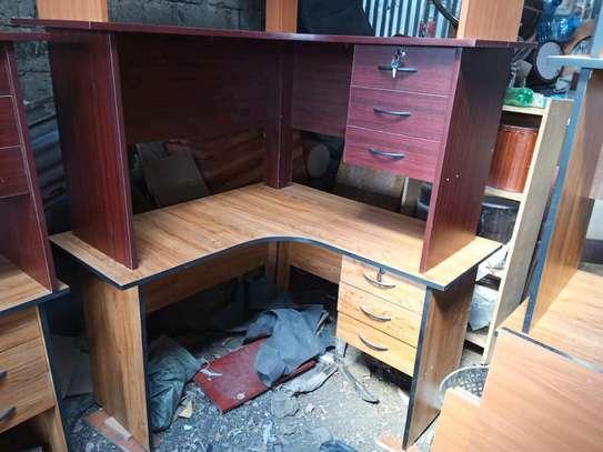 L shaped office desks 4ft*4ft image 2
