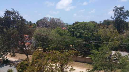 3br penthouse apartment for rent in old Nyali. Id 2105 image 4