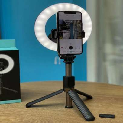 2021 NEW L07 selfie stick phone holder monopod selfie ring light with tripod stand for makeup.photography,live stream image 1