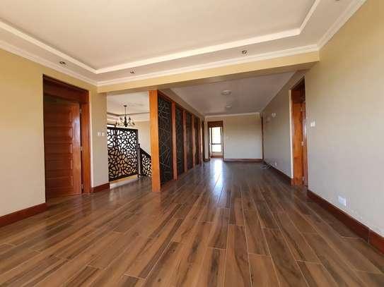 5 bedroom house for rent in Runda image 7