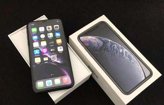 Apple Iphone Xr Black 256gb Under International Warranty image 3