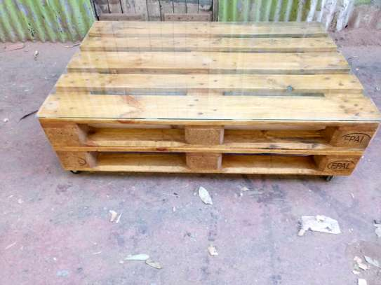 Pallet Coffee Table image 5