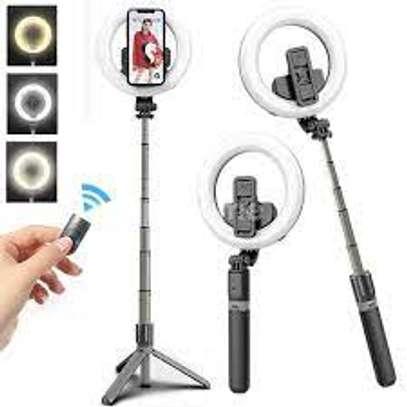 L07 Selfie Stick With 5 Inch LED Selfie Ring Light image 1