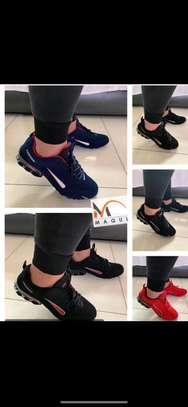Louis vuitton sports shoes. image 3