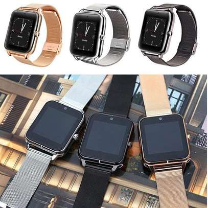 Bluetooth/Simcard Smartwatch with Stainless steel band.