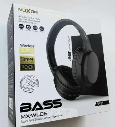 Moxom MX-WL06 Hi-Fi Super Real Stereo Gaming Bluetooth Headset 3.0 image 7