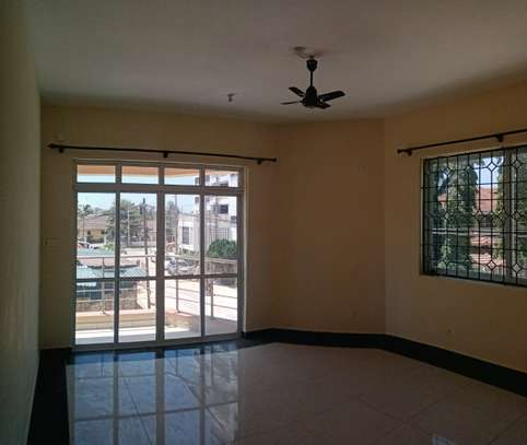 3br unfurnished apartment for rent in Nyali.Id AR17-Nyali image 8