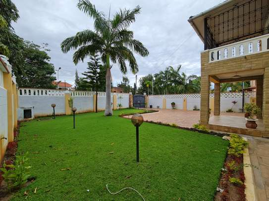 4 bedroom house for rent in Nyali Area image 2