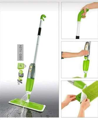 Spray mop with extra cloth,scrapper and window cleaner image 2