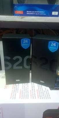 new original Samsung S20 image 2