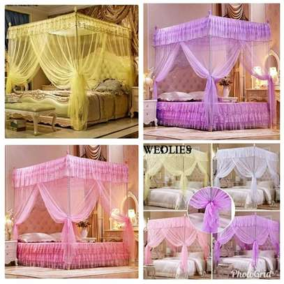 Four stand straight Mosquito nets