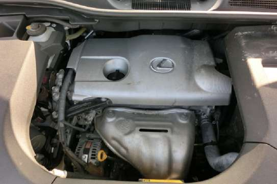 Lexus RX 270 image 12