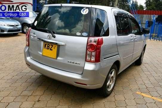 Toyota Raum image 4