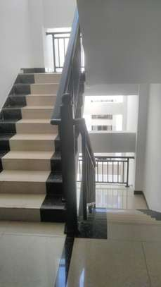 2 bedroom apartment for rent in Kileleshwa image 16