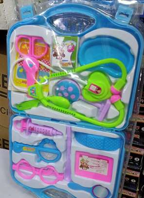 Medical kids toy kit image 1