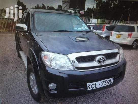 Toyota hilux double cab d4d diesel image 1