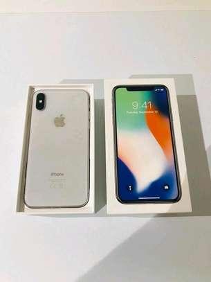 Apple Iphone x Silver 256 Gigabytes image 1
