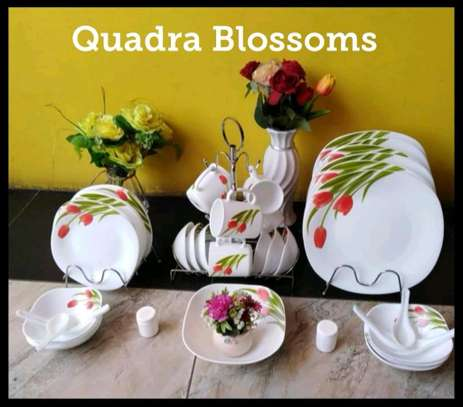 39pcs Quadra Dinner sets image 4