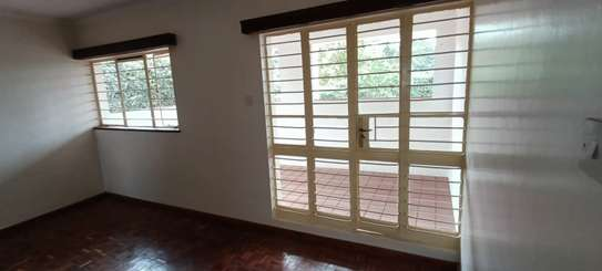 5 bedroom house for rent in North Muthaiga image 8