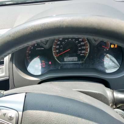 Toyota Hilux 3.0 D-4D Double Cab image 5