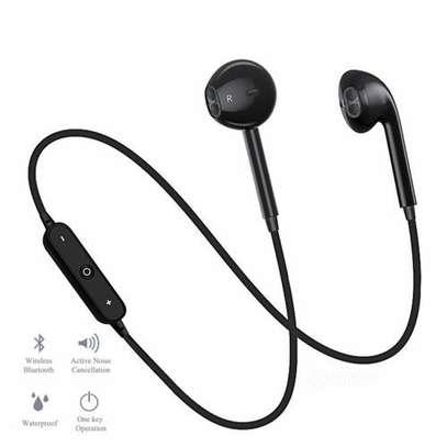 In-ear Bluetooth music sports earphones -Black image 7