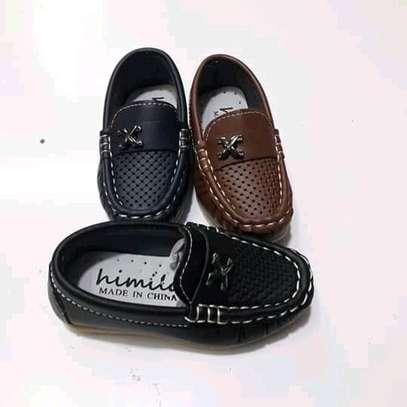 Kids lowfas/shoes image 5