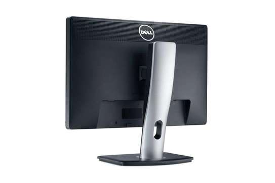 Dell Professional P2213 22 Inch LED Monitor EXUK image 2