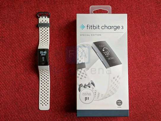 fitbit charge 3 smart watch image 1