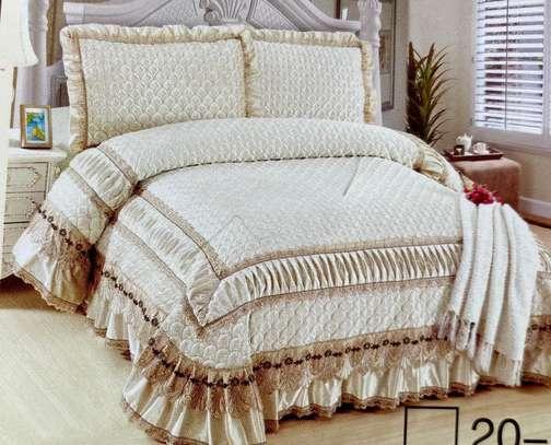 bed cover cream white
