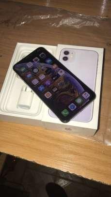 IPhone XSMAX 64GB WHITE image 2