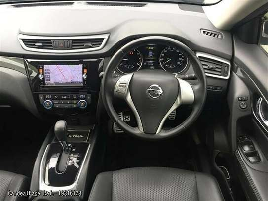 Nissan X-Trail image 6