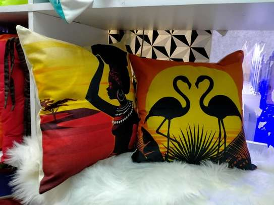 AFRICAN THEME THROWPILLOWS AND CASES image 1