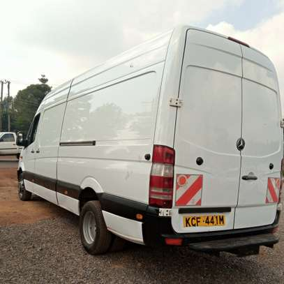 Mercedes-Benz Sprinter image 4