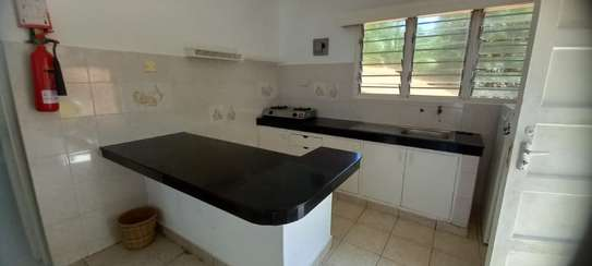 2br Furnished Apartment for Rent in Bamburi Beach. AR80 image 8