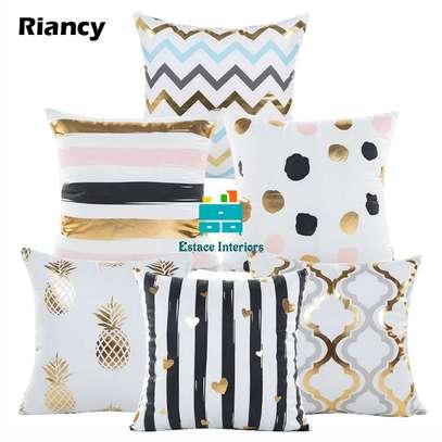 Home sparkling Throw pillows image 3