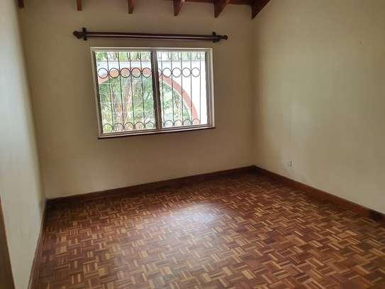 4 bedroom spacious house in Runda image 12