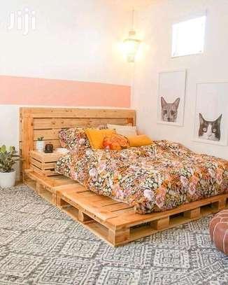 Pallet bed.... image 1