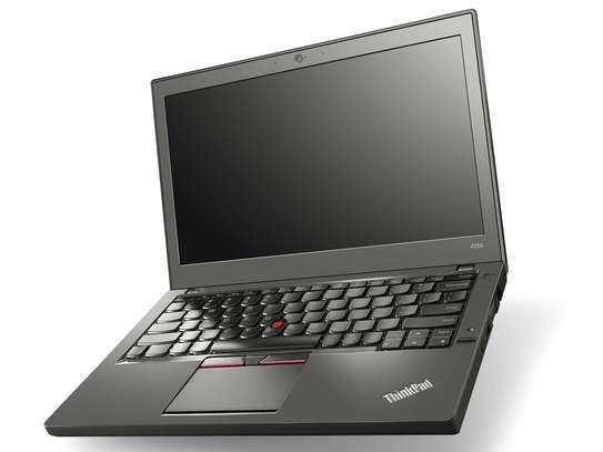 Lenovo Thinkpad x250 Core i5,4GB RAM,500GB HDD image 3