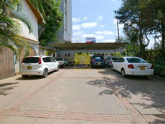 1 bedroom house for rent in Kilimani image 6
