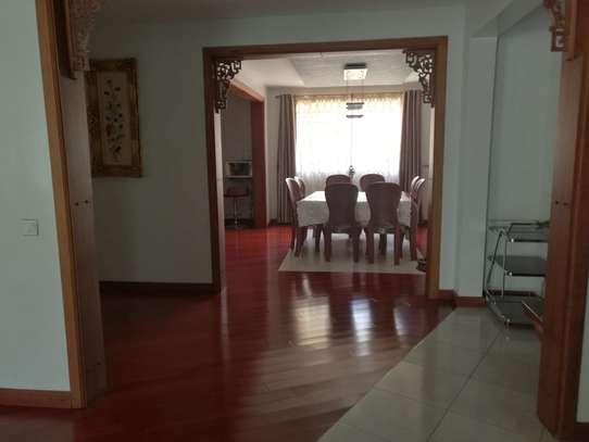 5 bedroom villa for rent in Karen image 2