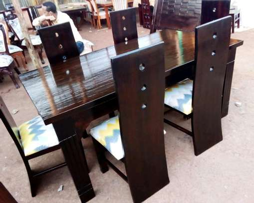 Dinning table set of 6pax image 1