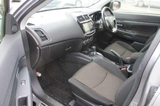 Mitsubishi RVR image 7